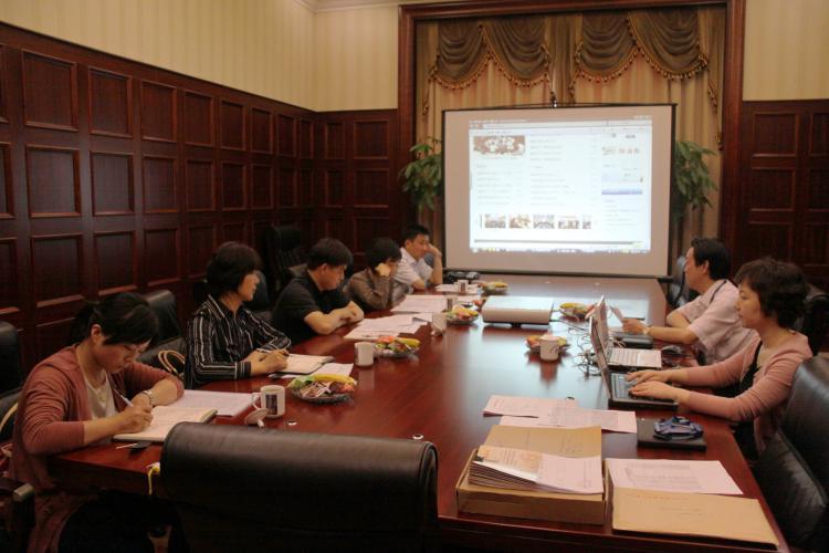 2013年5月27日嘉定区委组织部、区社工委领导来集团检查党务工作